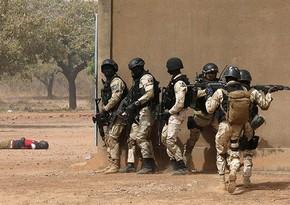 Burkina-Fasoda silahlılar 30 nəfəri öldürüb