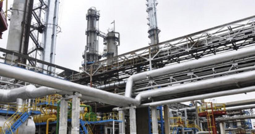 Yarım ildə Azərbaycanda 3,3 milyon ton neft emal edilib