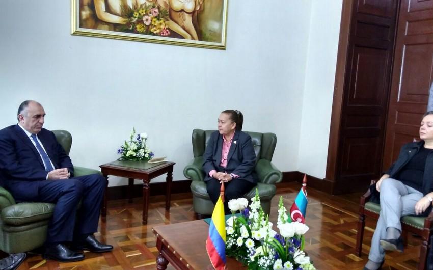 Elmar Məmmədyarov Kolumbiya Senatının birinci vitse-prezidenti və Senatın üzvləri ilə görüşüb