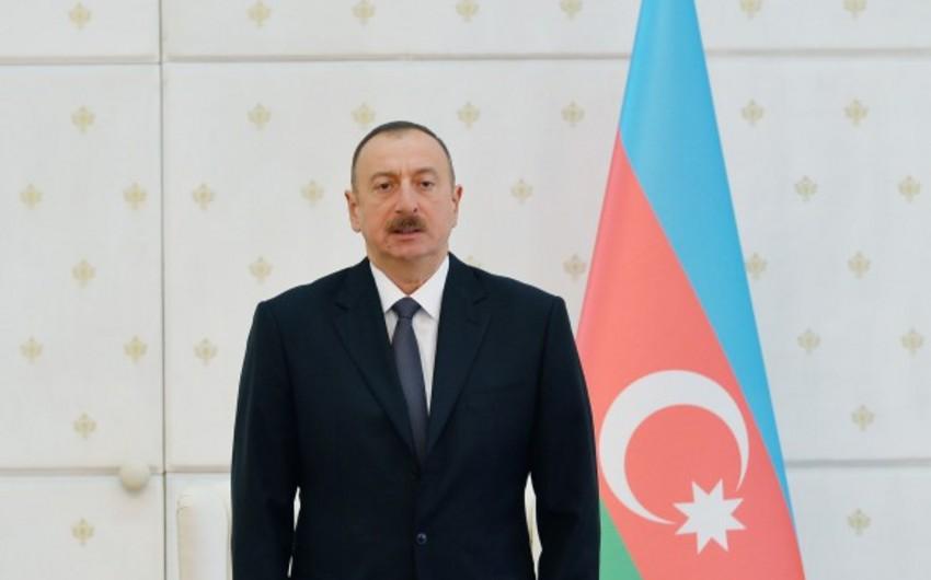 """Azərbaycan Prezidenti: """"İdxalın azalması, ixracın kəskin artması iqtisadi sabitliyimizi təmin edir"""""""