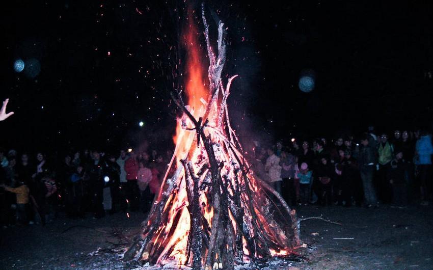 Nazirlik: Yel çərşənbəsi ilə əlaqədar yandırılan tonqallara düşən 9 nəfər xəsarət alıb