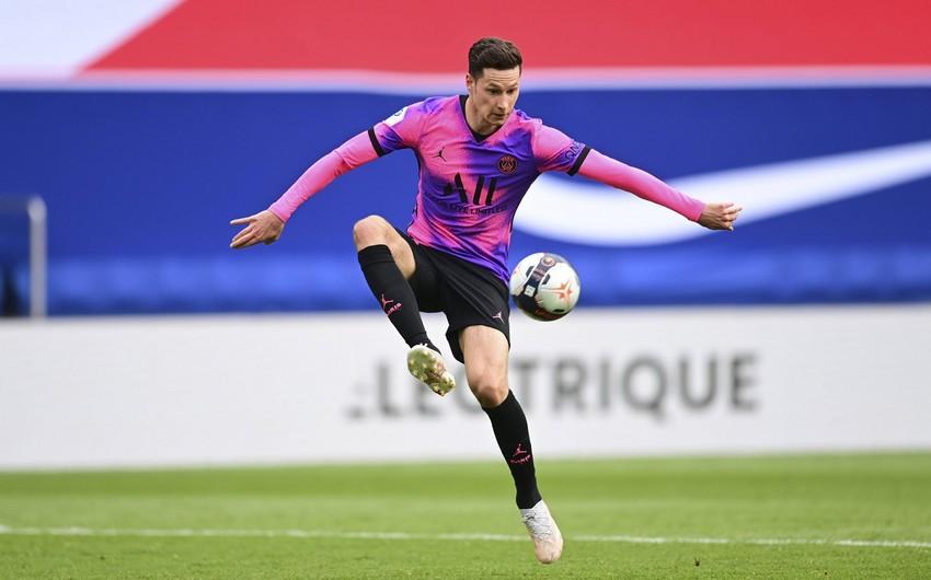 PSJ daha bir futbolçusu ilə yeni müqavilə imzalayır