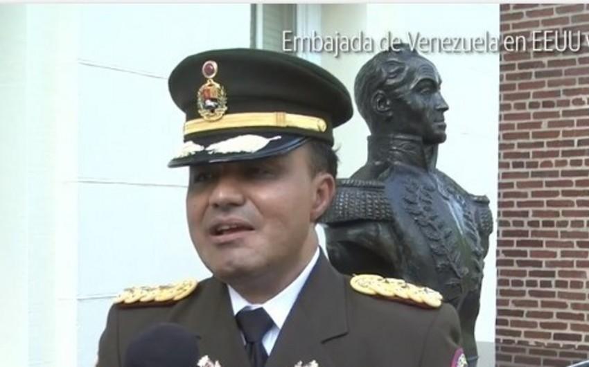 Venesuelanın ABŞ-dakı hərbi attaşesi Quaidonu prezident kimi tanıyıb - VİDEO