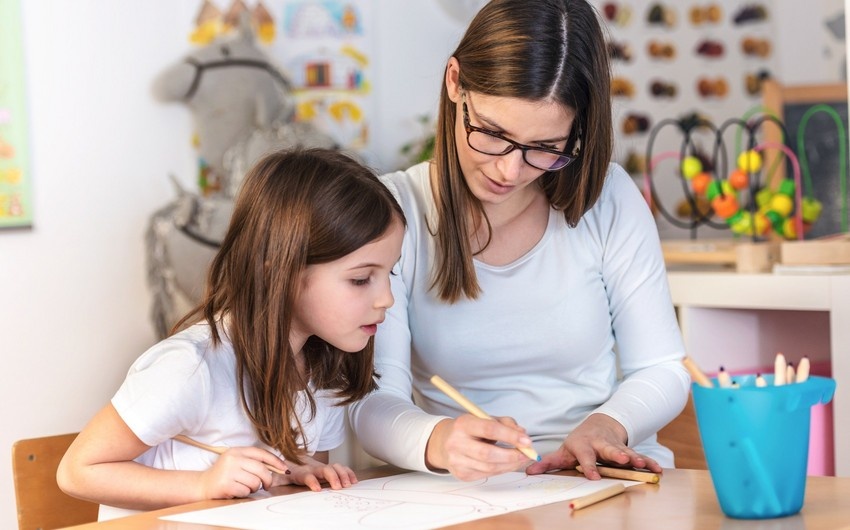 Малейка Аббасзаде: Уровень понимания родителями важности образования растет во всем мире