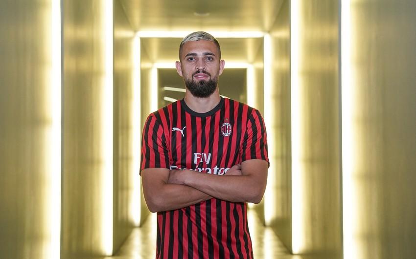 Milanın futbolçusu koronavirusa yoluxdu