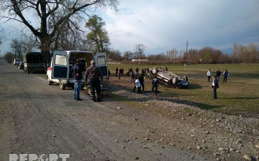 Salyanda yol qəzasında xəsarət alan sürücü xəstəxanada ölüb - YENİLƏNİB