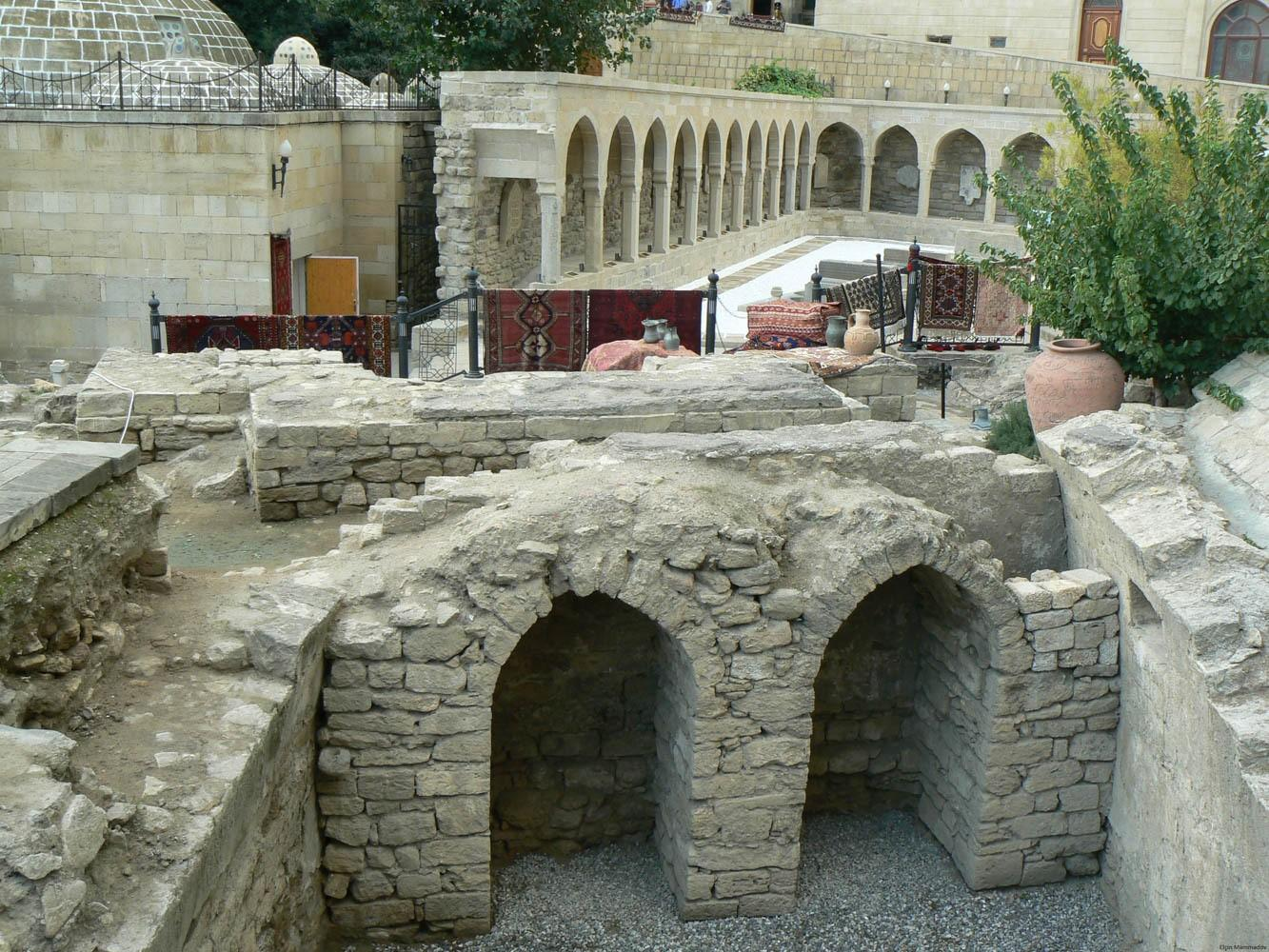 Minister of Culture of Azerbaijan urge entrepreneurs not to touch historical monuments