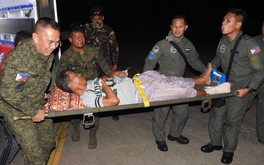 Filippində qumbara partlamasından polis məmuru ölüb, 11 nəfər yaralanıb