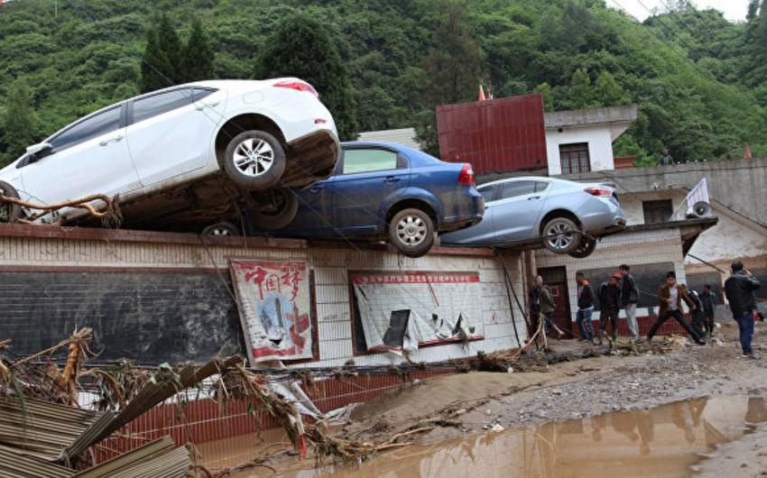 Çində baş verən daşqınlar nəticəsində 33 nəfər ölüb, 15 nəfər itkin düşüb