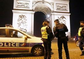 В Париже проходит акция протеста против сокращения рабочих мест