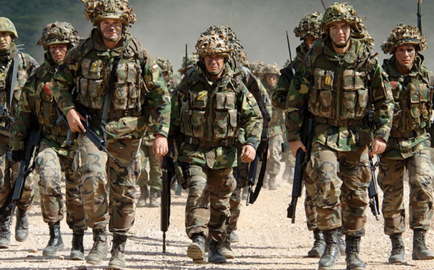 NATO preparing to put 4000 troops at eastern border with Russia