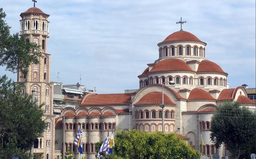 Парламент Греции проголосовал против разделения церкви и государства