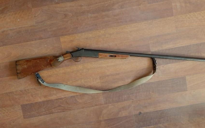 Füzuli sakinindən silah götürülüb