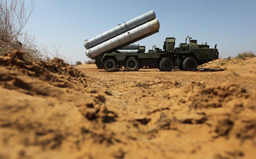 Rusiya Suriyaya S-300 zenit-raket kompleksi batareyası yerləşdirib