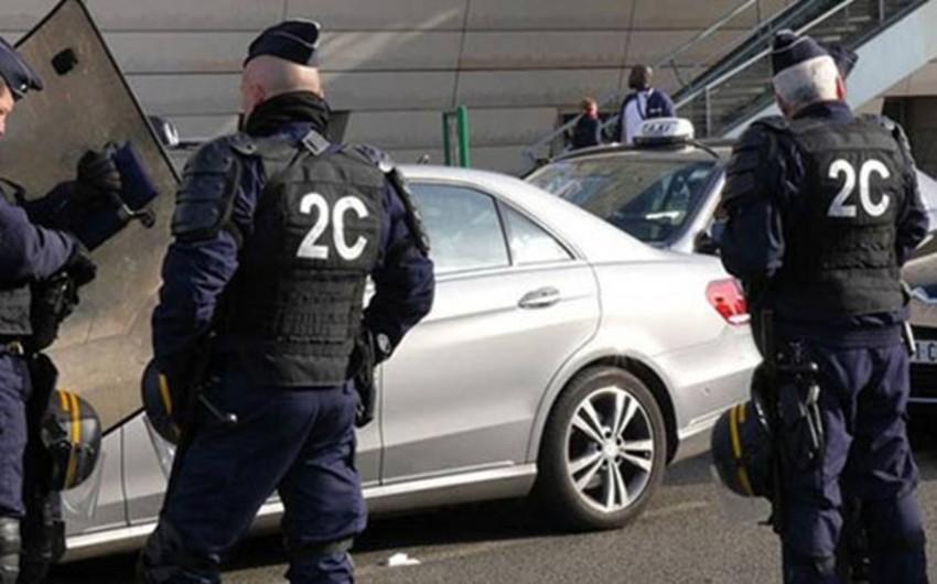 KİV: Fransada polis terrorçuların Türk məscidinə basqının qarşısını almayıb