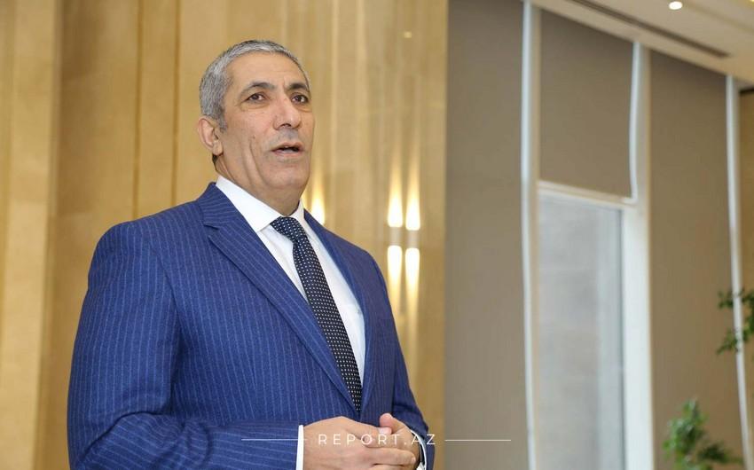 Siyavuş Novruzov YAP-dakı vəzifəsindən istefa verdi