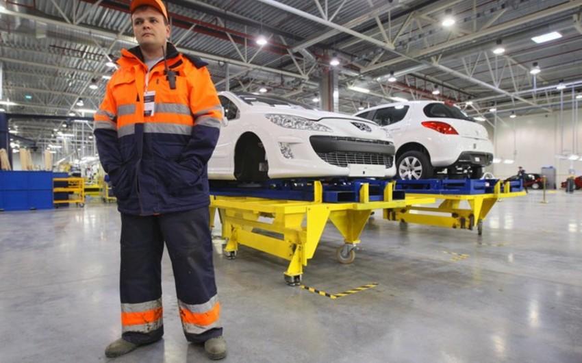 """""""Renault"""" 5 min iş yerini ixtisar edəcək"""