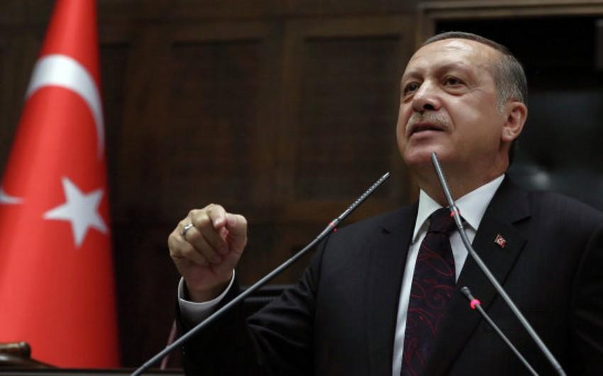 Türkiyə prezidenti: Terrorçular arasında fərq qoyanlar çox böyük səhv edirlər