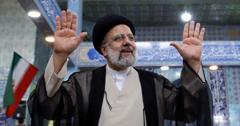 Iranian president congratulates Raisi on election victory