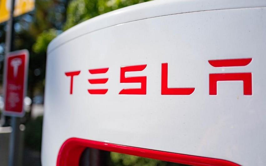 """""""Tesla""""nın bazar dəyəri Detroyt 3-lüyünü üstələyib"""