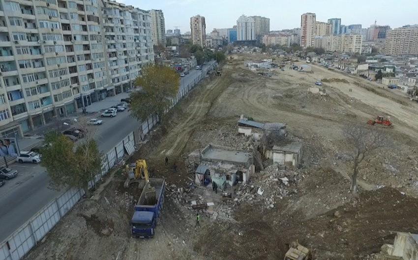 Füzuli meydanından Nərimanov prospektinə qədər ərazidə yollar genişləndirilir - VİDEO