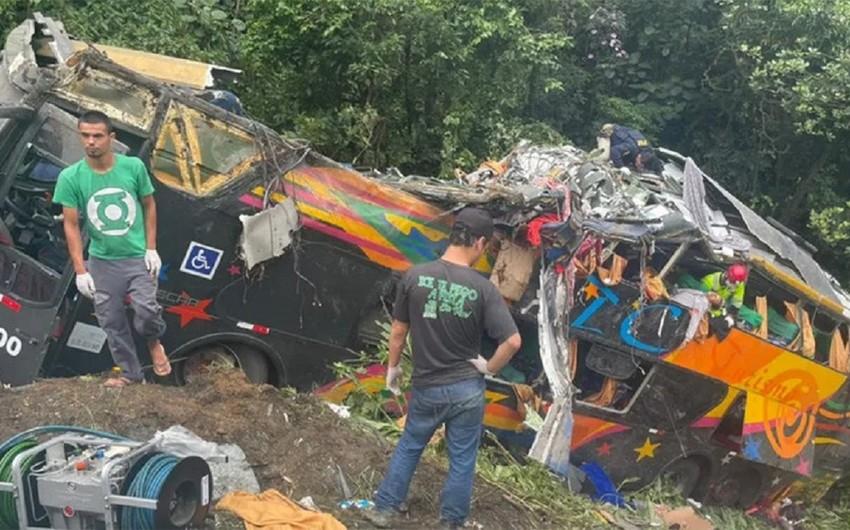 Braziliyada avtobus qəzası, 21 nəfər ölüb
