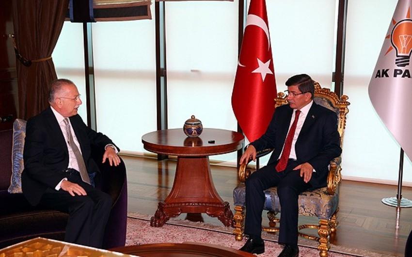 MHP-nin parlament sədrliyinə namizədi baş nazirlə görüşüb