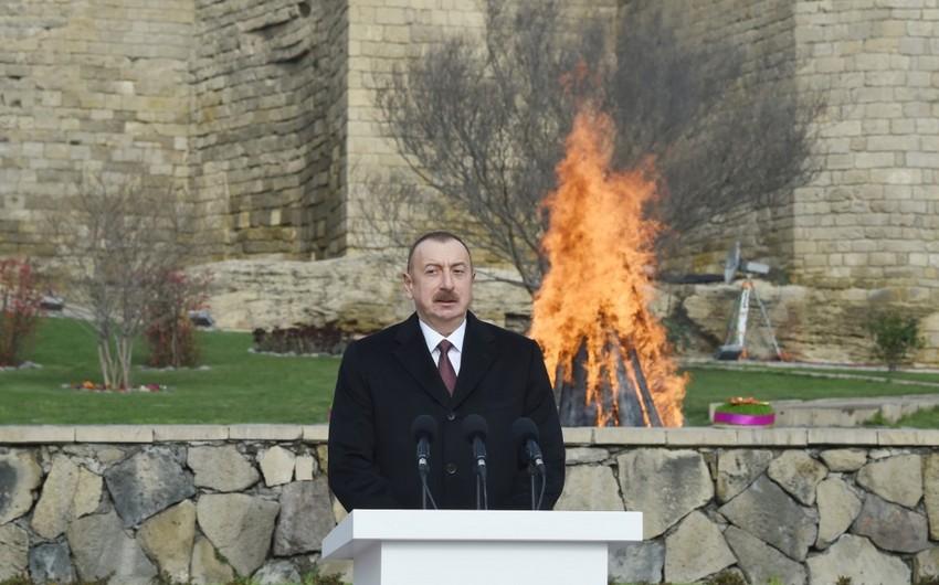 Президент Ильхам Алиев принял участие во всенародных празднествах по случаю праздника Новруз