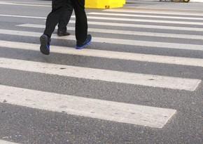 В Баку подростка сбил автомобиль