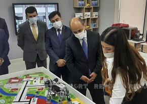 Министр образования принял участие в открытии STEAM центра в Гяндже