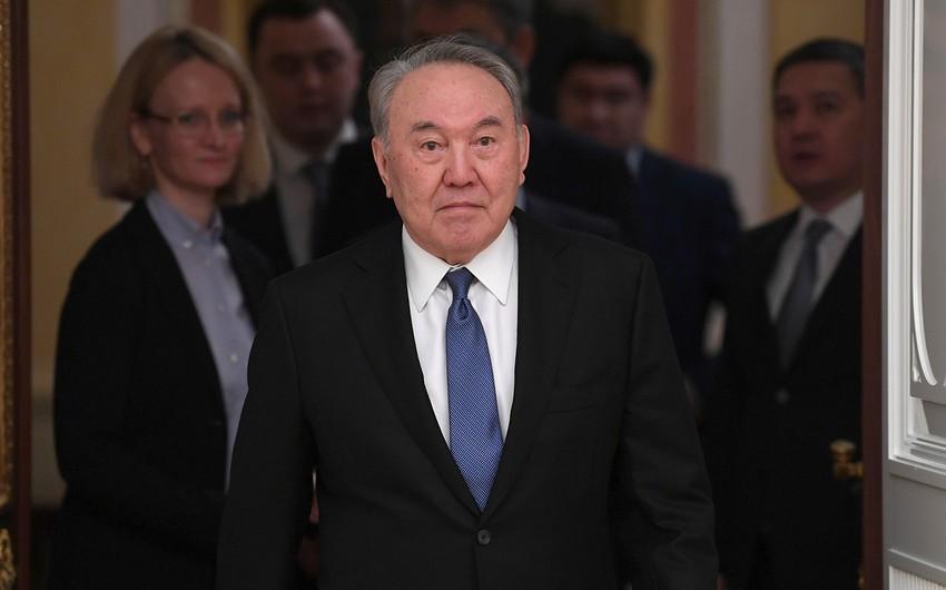 Qazaxıstanda Nazarbayevə abidə ucaldıldı