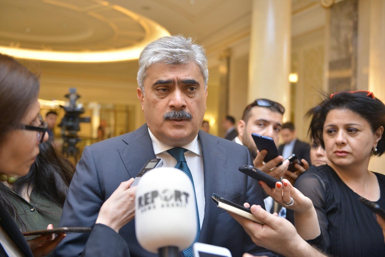 Samir Şərifov:  -