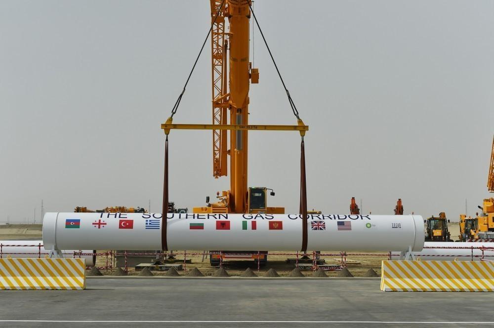 Ильхам Алиев: Южный газовый коридор еще много десятилетий будет приносить Азербайджану большую пользу