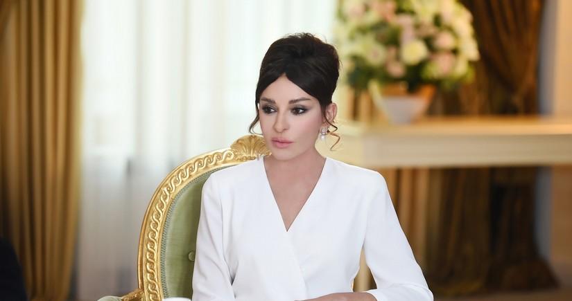Mehriban Əliyeva Milli Musiqi Günü münasibətiləInstagram da paylaşım edib