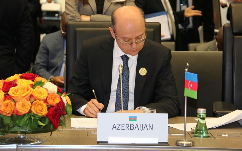 Azərbaycan neft hasilatının artırılması qərarını dəstəkləyib