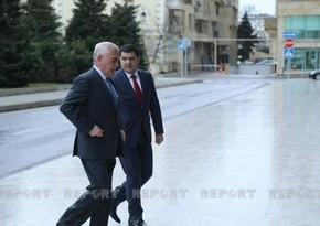 Vasif Talıbov YAP-ın qurultayına gəlib - FOTO