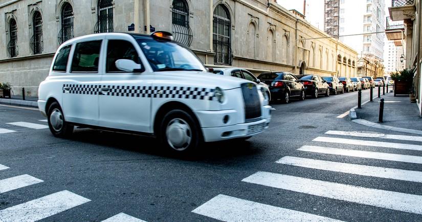 Taksi sürücülərinin COVID-19 pasportunun olması necə yoxlanılacaq?