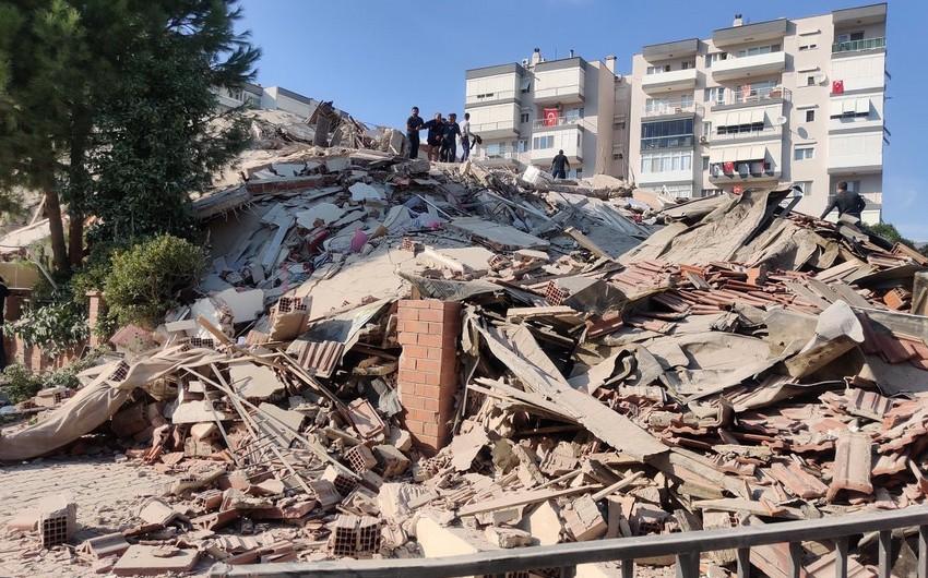İzmirdə güclü zəlzələ olub, yaralananlar var