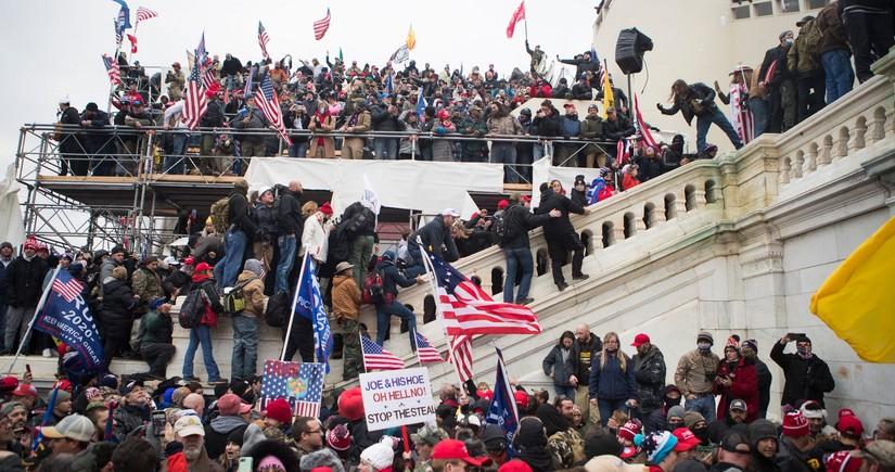 Штурм Капитолия – американская демократия на грани фиаско