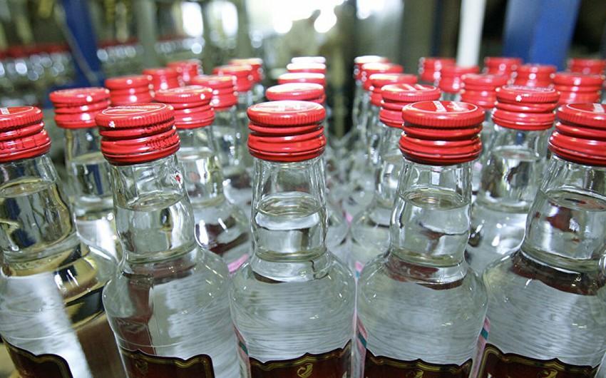 Азербайджан импортировал из Украины водку на более полумиллиона долларов