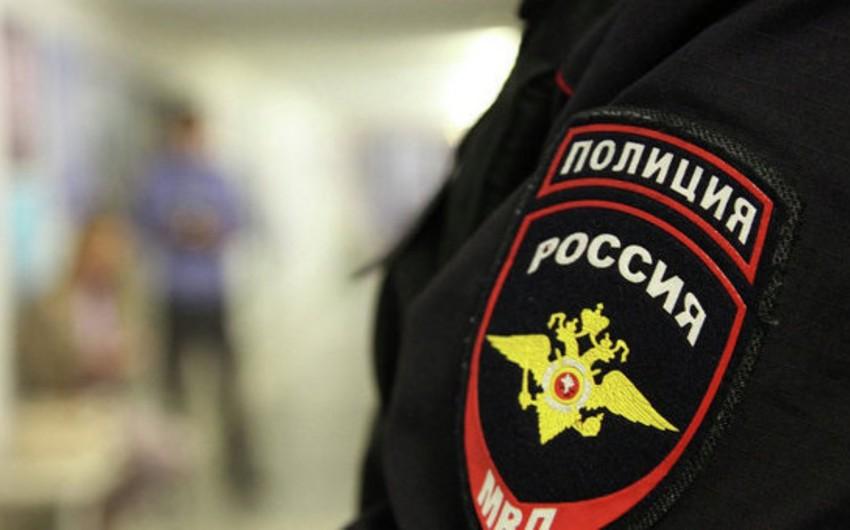 Rusiyada oğurluqda şübhəli bilinən polis əməkdaşları saxlanılıb
