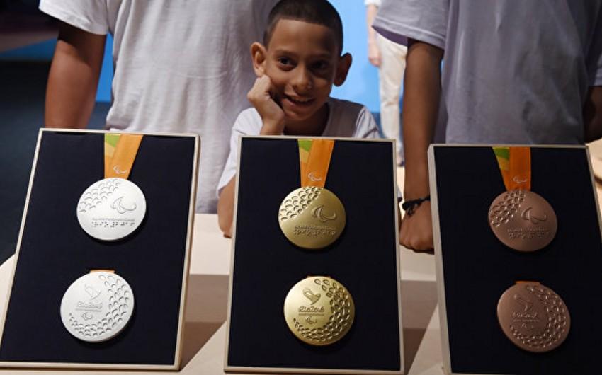 Rio-2016nın medalları təqdim olunub - FOTO
