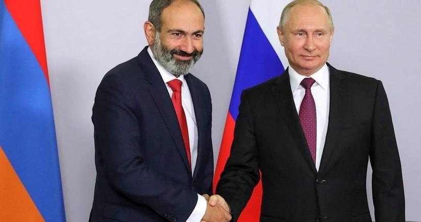 Putin, Pashinyan mull situation on Azerbaijan-Armenia border