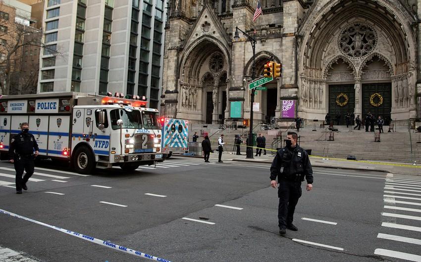 В Нью-Йорке один человек погиб в результате стрельбы в супермаркете