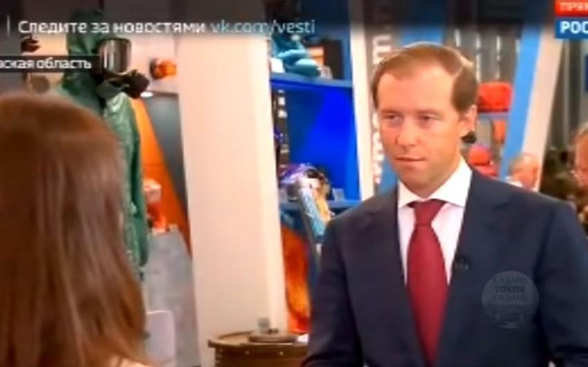 Rusiyada jurnalist nazirdən müsahibə götürərkən huşunu itirib