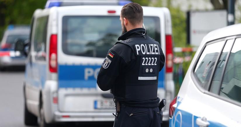 В Берлине произошли столкновения с леворадикалами, 60 полицейских ранены