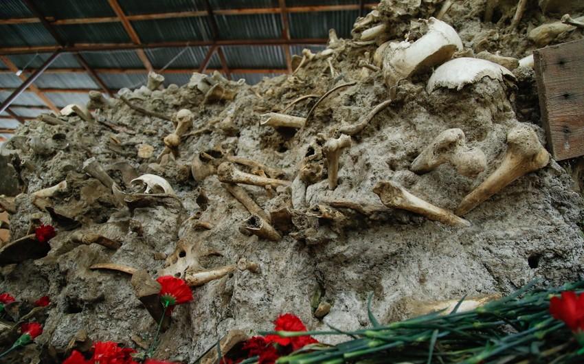 Tarixin şiddətli ağrısı: kütləvi soyqırım məzarlığı - FOTOREPORTAJ
