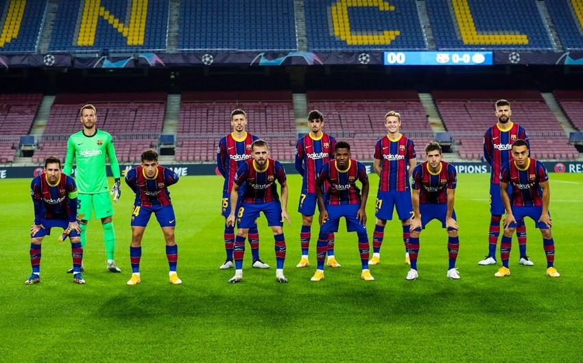 Barselona futbolçularının maaşlarını ödəyə bilmədi