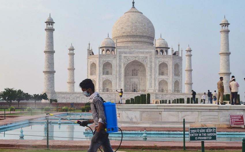 Tac Mahal mavzoleyi turistlər üçün açılıb