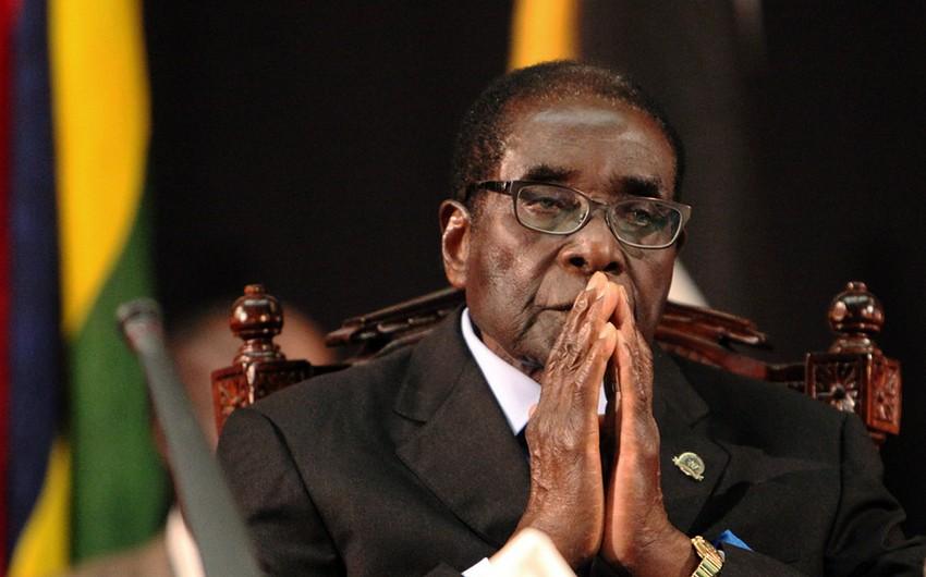 Zimbabve prezidenti Robert Muqabe istefa verib - YENİLƏNİB